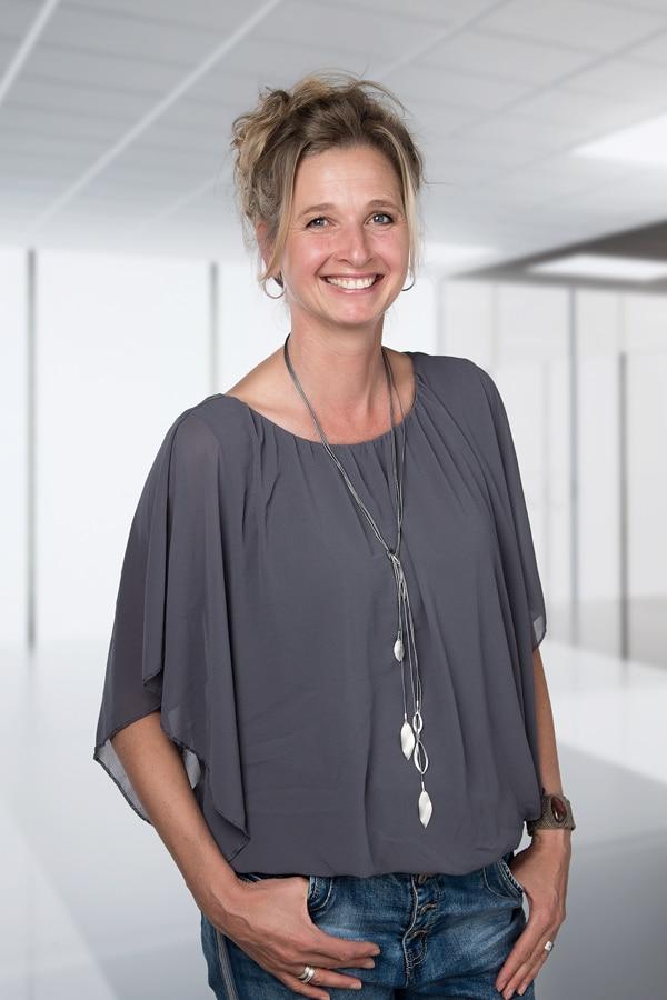Marielle Spaargaren, administratief medewerker.