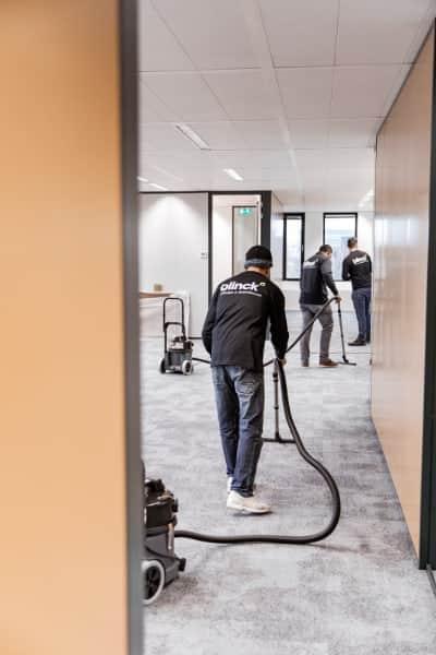 Grondige schoonmaak voor oplevering in bouw en renovatie.